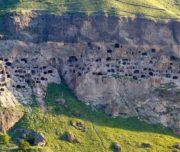 vardzia-cave-monastery